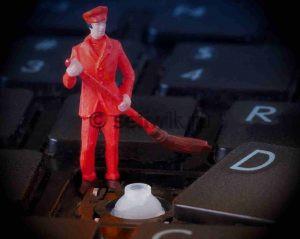 Как почистить клавиатуру ноутбука в домашних условиях
